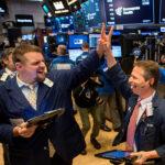 S&P 500 e Nasdaq renovam máximas históricas antes da posse de Biden