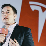 Tesla (TSLA34) lucrou US$ 128 milhões com venda de bitcoin no primeiro semestre