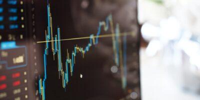 Bolsas mundiais negociam no azul com queda do VIX, índice do medo