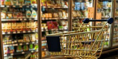Vendas no comércio têm maior crescimento desde 2010, diz Serasa Experian