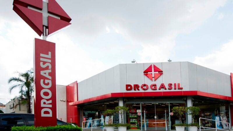 Raia Drogasil (RADL3) distribuirá R$ 50 milhões em JCP