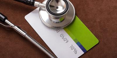 Setor de saúde acelera compras para verticalizar operações e ganhar no preço