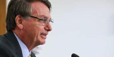 Bolsonaro sanciona lei que majora CSLL a setor financeiro