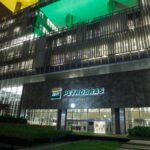 Petrobras (PETR4) diz que continuará seguindo preço internacional do petróleo