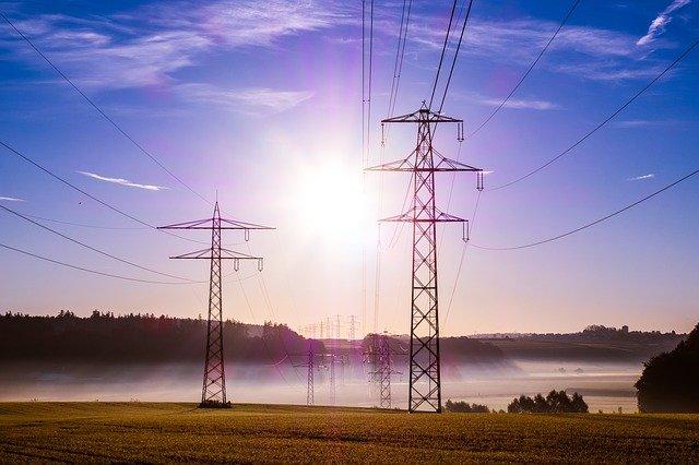 Lucro da Neoenergia (NEOE3) tem alta de 75% no 1T21