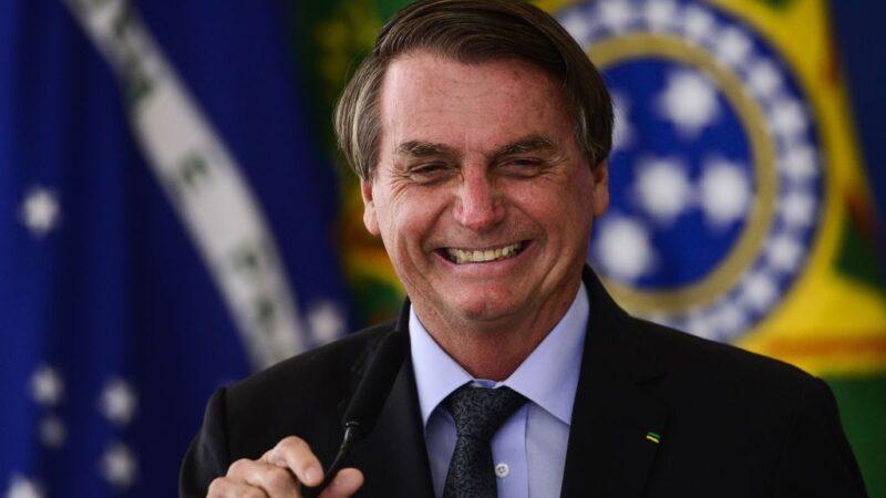 Jantar com Bolsonaro terá executivos da Hapvida (HAPV3), Bradesco (BBDC4)