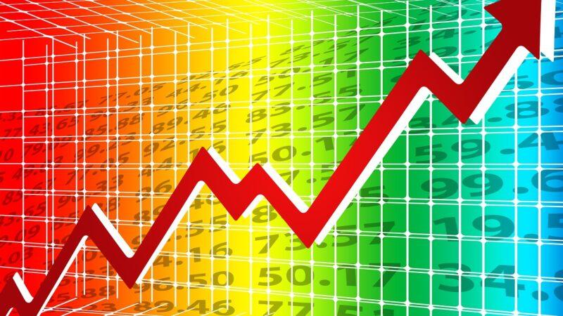 Ibovespa sobe 0,34% e fecha semana a 121 mil pontos; Lojas Renner (LREN3) dispara