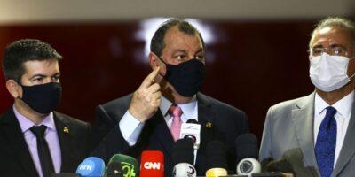 CPI da Covid recebe 173 pedidos de investigação no primeiro dia