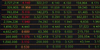 Ibovespa abre em leve alta, com dados econômicos no exterior e deliberação do STF