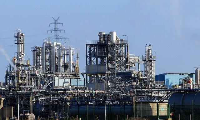 IBGE : Produção industrial cai em 1/3 dos locais pesquisados em fevereiro