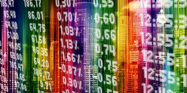 Ibovespa sobe a 122 mil pontos e dólar vai ladeira abaixo; veja o resumo da semana