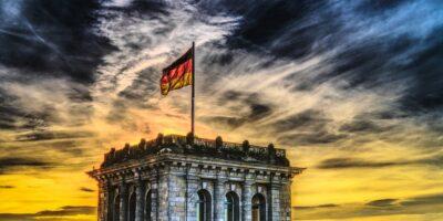 Covid-19 avança e Alemanha manterá lockdown até fim de maio