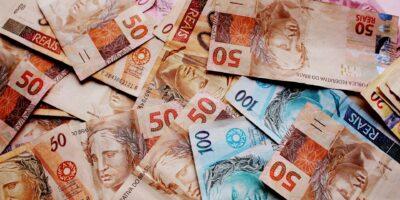 Governo prevê salário mínimo em R$ 1.147,00 em 2022, reajuste de 4,27%