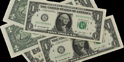 Dólar fecha em leve alta de 0,03%, negociado a R$ 5,03