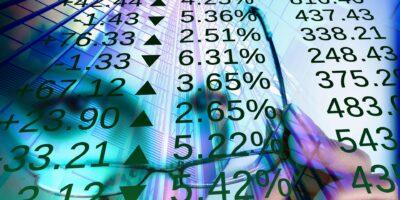 Ibovespa cai 0,93% puxado por exportadoras; Banco Inter (BIDI11) avança 5%