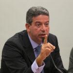 Reforma do IR: projeto deve ser entregue pelo governo semana que vem, diz Lira