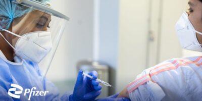 Pfizer (PFIZ34) entregará 15 milhões de doses da vacina contra covid-19 em julho, diz Ministério da Saúde