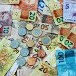 CEEE-GT (EEEL3) revisa valor de dividendos por ação