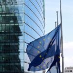 Na Europa, bolsas fecham em baixa em clima de cautela