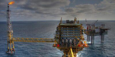 ANP assina contratos da 2ª oferta do leilão de exploração de gás e petróleo