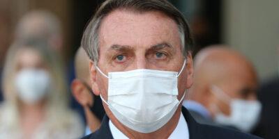 Presidente Jair Bolsonaro recebe alta médica do Hospital Vila Nova Star
