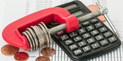 Finanças são motivo de estresse em 58,4% das famílias