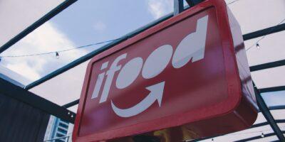 iFood fecha parceria para ajudar restaurantes a contratar fornecedores