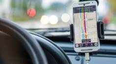 Google Maps, Apple Maps nebo Waze?