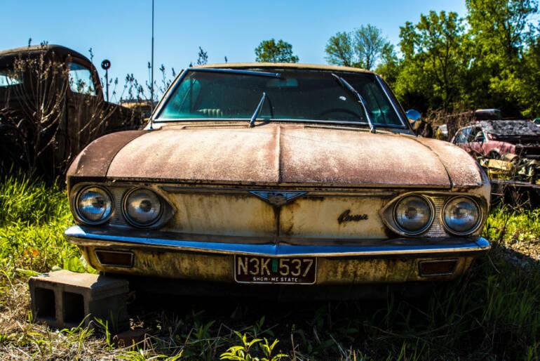 Orezlý automobil