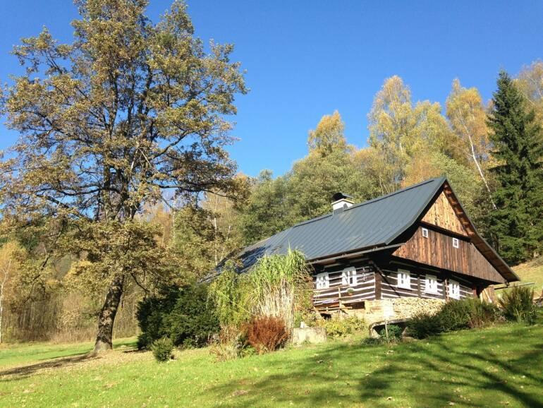Jak se postarat o chatu po zimě?