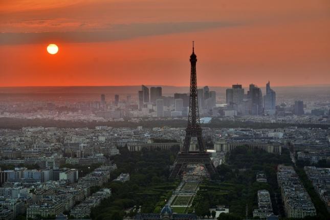 Do Francie s cestovním pojištěním