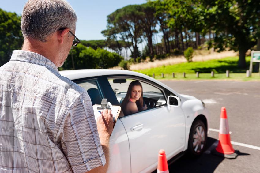 Dopravní nehoda s firemním autem