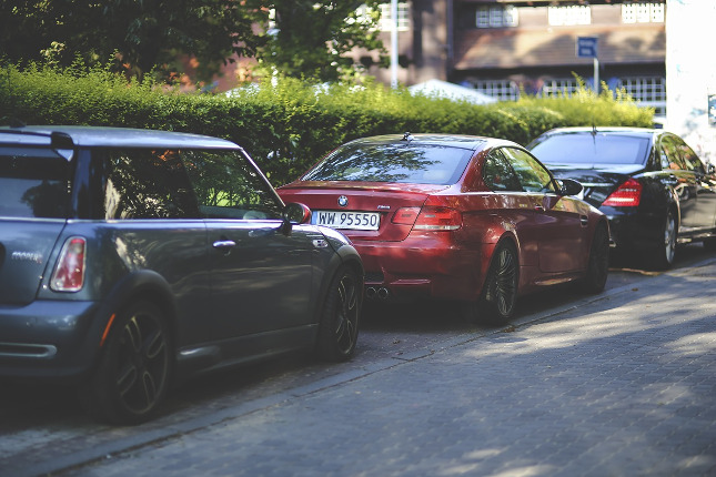 Podélné parkování