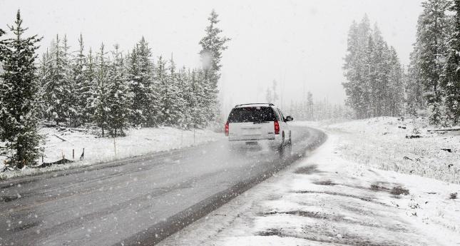Tipy a rady, jak jezdit v zimě bez nehod  - Jízda na sněhu