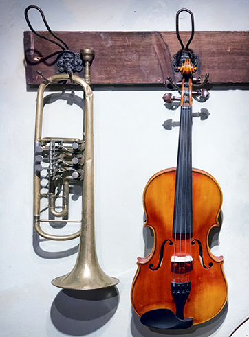 violin and trumpet