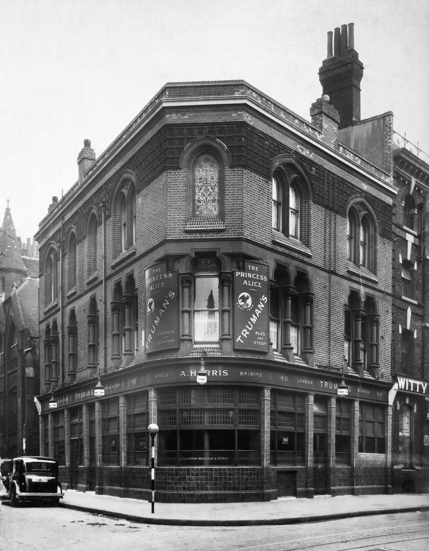 Jack the Ripper Public Houses The Princess Alice 1950s