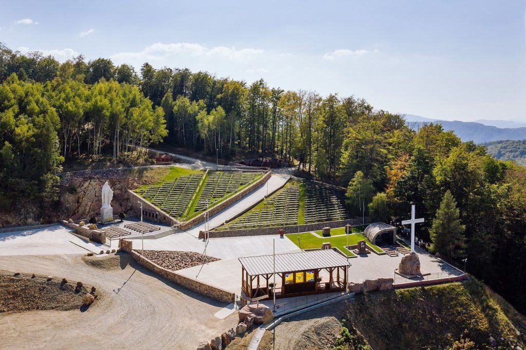 Krížová cesta Butkov