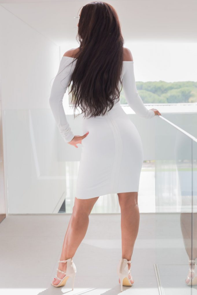 Giselle high-class escort Benelux