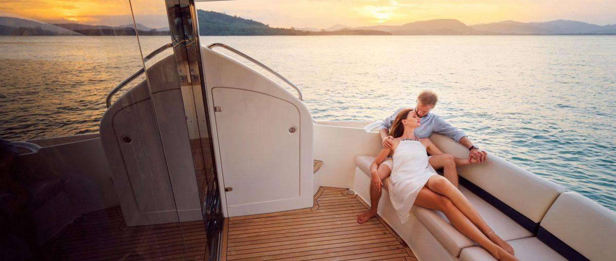 yacht escort etiquette