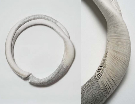 Paper & steel wire necklace by Janna Syvänoja, 2003