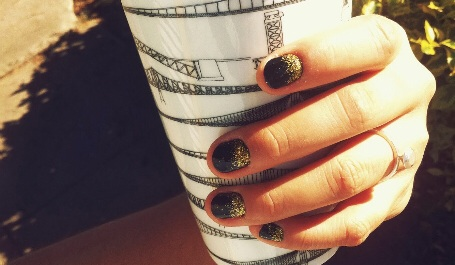 glitter ombre nail art