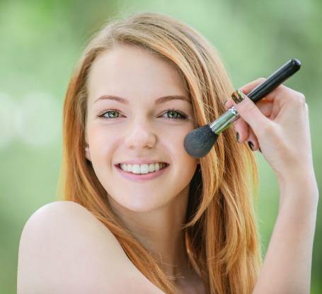 The Quickest, Easiest 'No Makeup' Makeup Look Ever