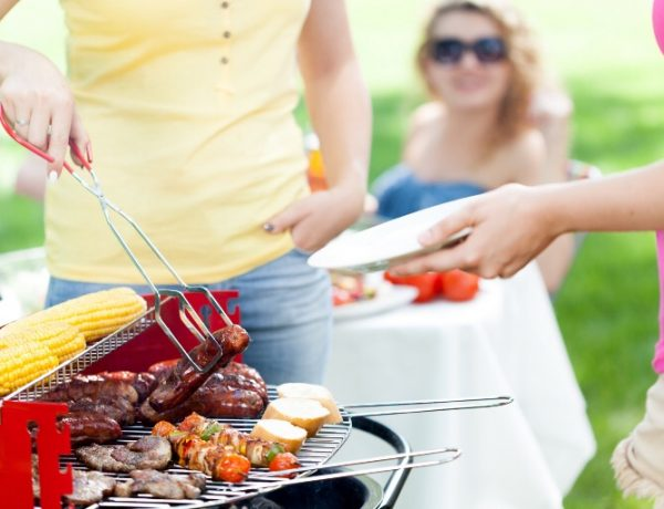 The Girl's Guide to Grilling: 9 Grilling Tips for a Delish Summer Cookout