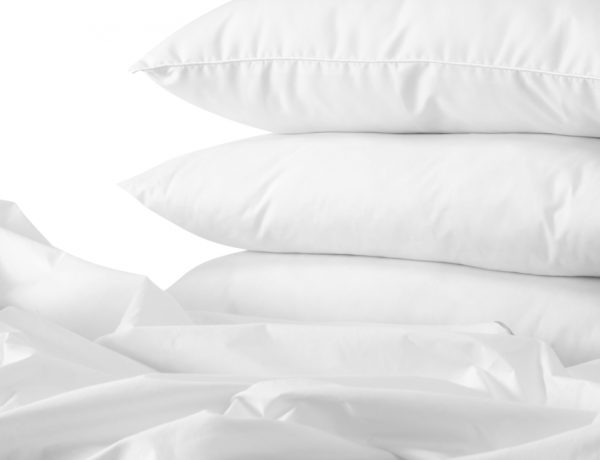 How to Wash Comforters and Pillows Naturally