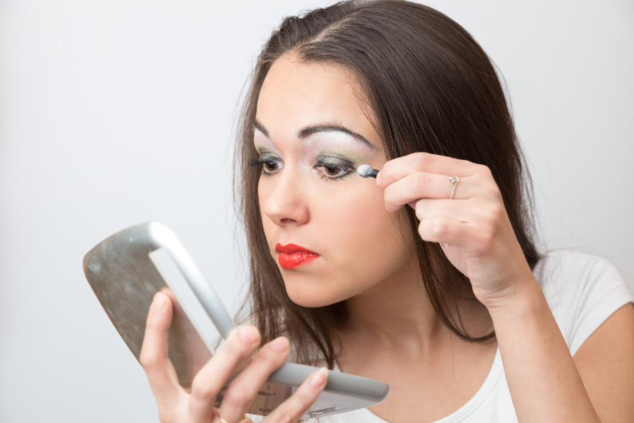 7 Biggest Eye Makeup Mistakes We All Make
