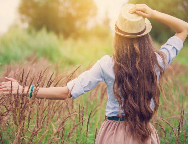 10 Sassy Side Updos for Long Hair