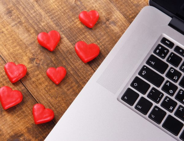 In Love? Email Is Officially More Romantic Than Voicemail, Study Finds