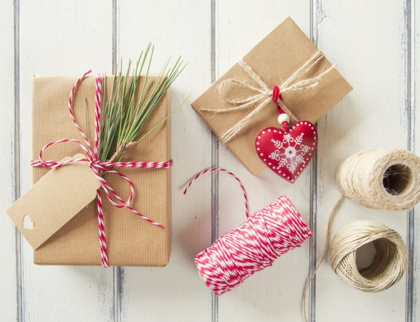 DIY Your Way to a Happy Holiday with these Simple Christmas Crafts