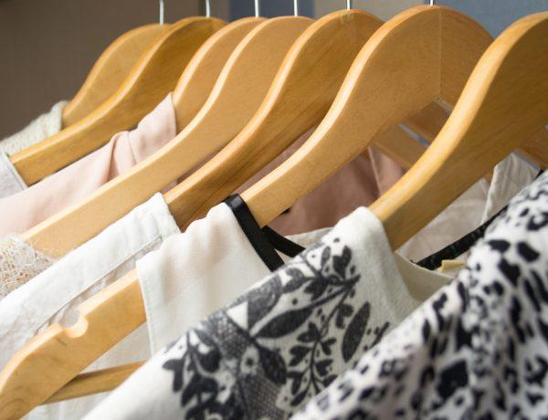 30 Days of Retail Restraint May Inspire Minimalist Wardrobe