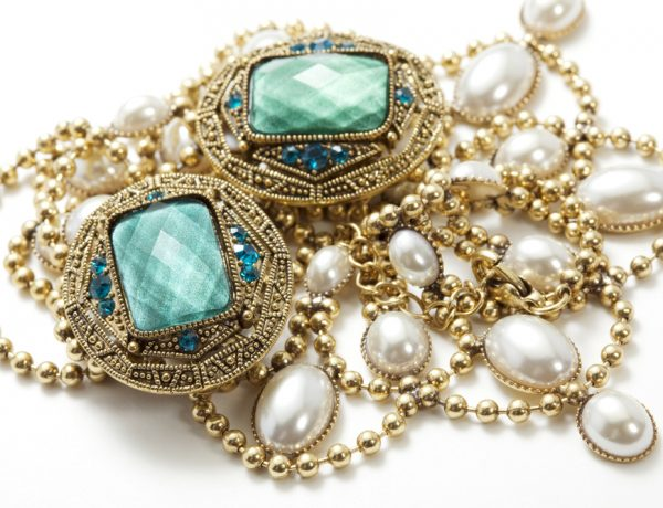 Inspired by Spring: The Pretty Vintage Jewelry You Need Now